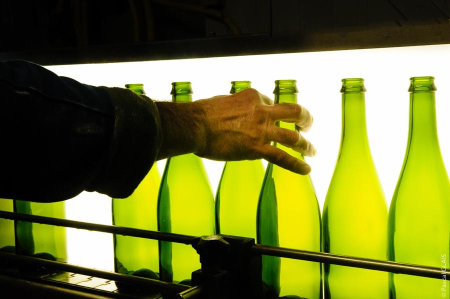 Lavage bouteilles - Cidrerie Coat-Albret © Pascal Glais